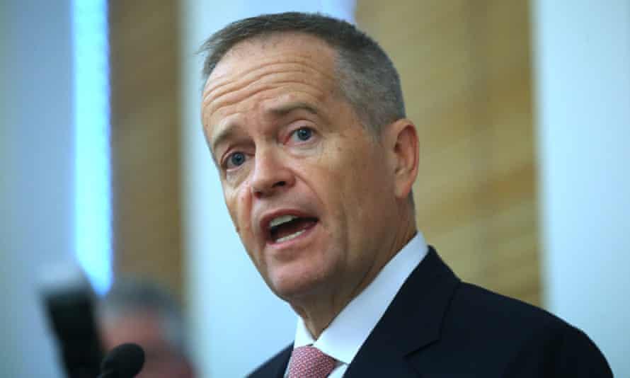 Labor's human services spokesman, Bill Shorten, said the robodebt scheme was a mess.