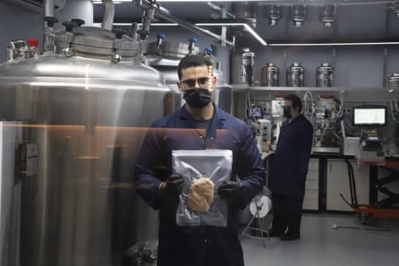 Chicken made in SuperMeat's vats.