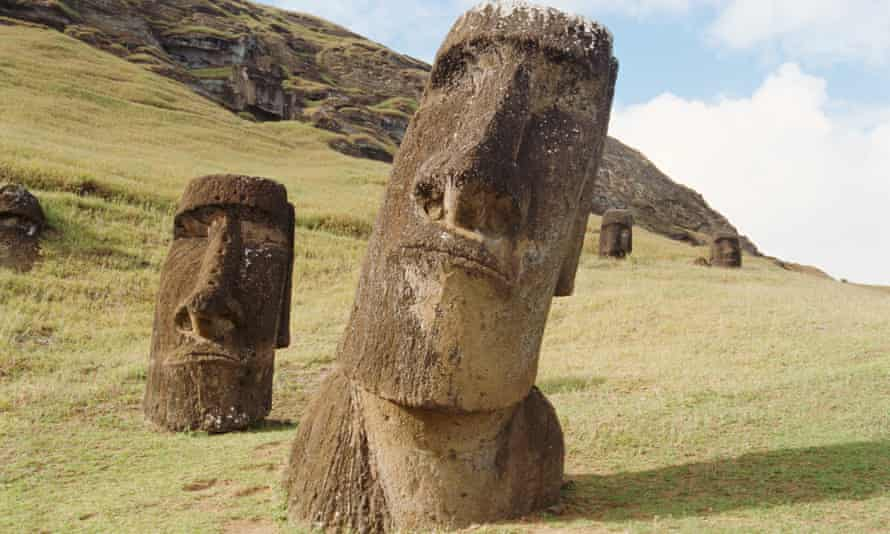 Statues on Easter Island. Experts disagree with Diamond over the demise of the indigenous people.