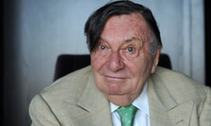 Barry Humphries' name has been dropped from the Melbourne International Comedy Festival's top award, the Barry Award