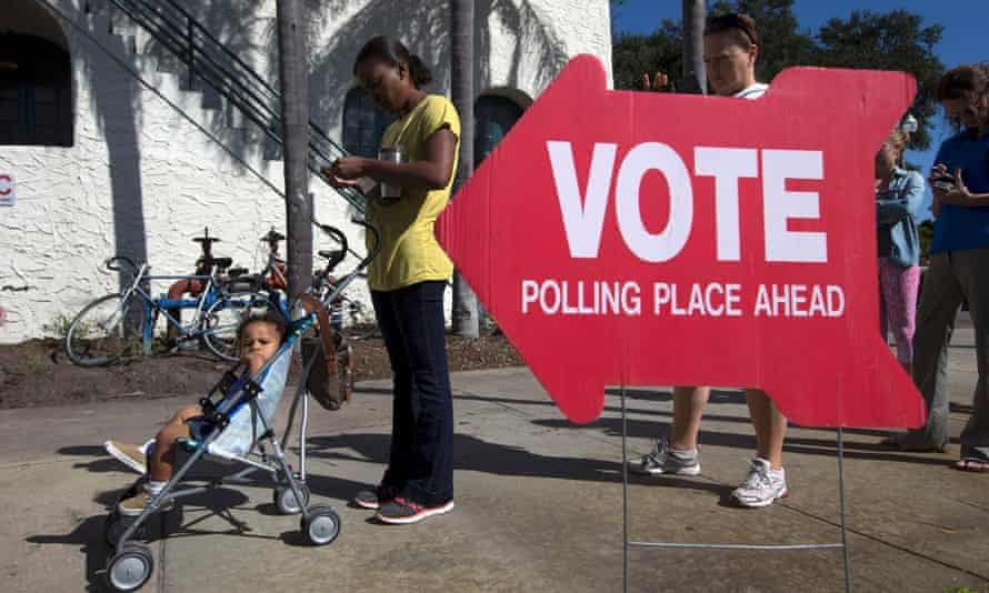 Security experts are concerned about several potential problems, including software that stores sensitive voter registration data, the short timetable for any post-election audits and Florida's history of voting snafus.