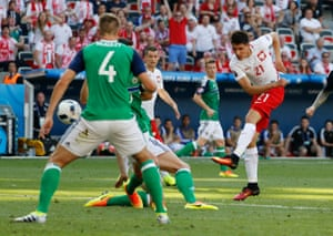 Bartosz Kapustka in action for Poland at Euro 2016.