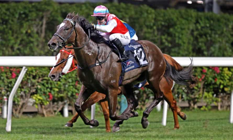 Hollie Doyle steers Harmony N Blessed to victory at Happy Valley