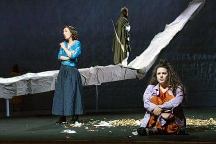 Giulia Peri, Peter Schöne and Sarah Aristidou in The Hunting Gun by Thomas Larcher.