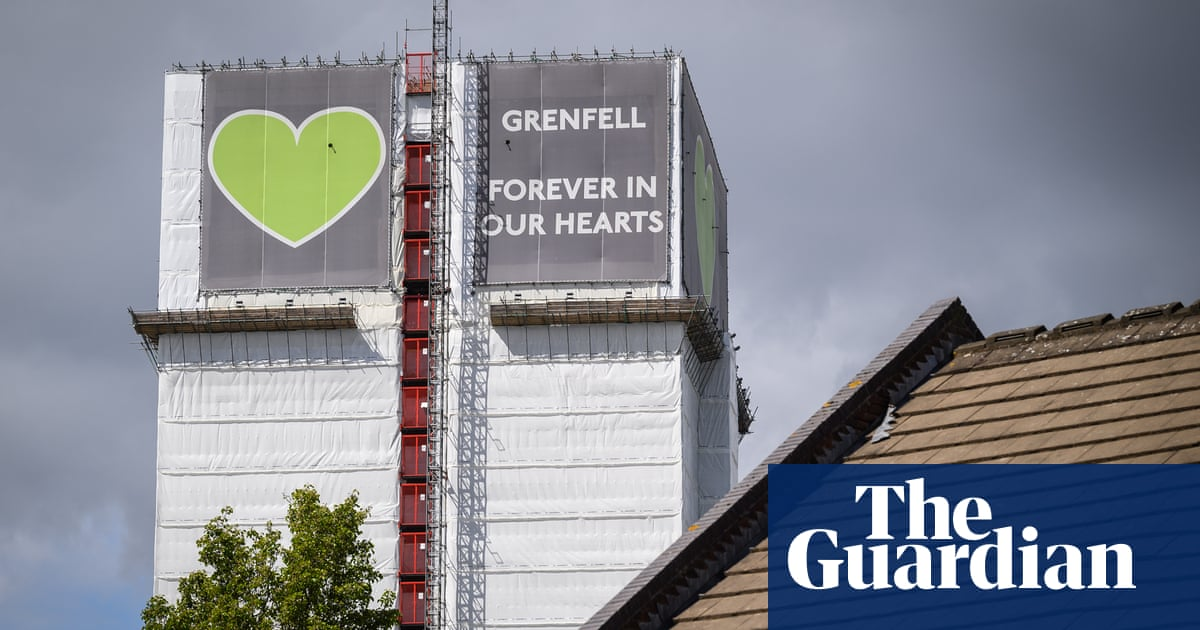 Grenfell inquiry: fire chief warned council leader of 'serious risk' to residents
