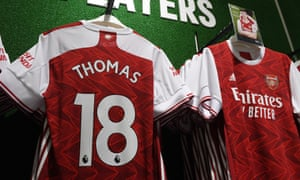 Arsenal Prepare For New Singing Thomas Partey<br>LONDON, ENGLAND - OCTOBER 06: Shirts featuring the name of Arsenal's new signing Thomas Partey on display in the Armoury store at Emirates Stadium on October 06, 2020 in London, England. (Photo by Stuart MacFarlane/Arsenal FC via Getty Images)