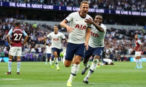 Harry Kane celebrates after giving Tottenham a 2-1 lead against Aston Villa.