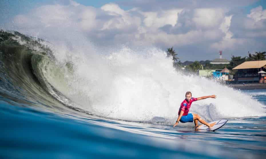 Buchan surfing
