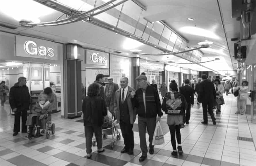 Castlegate shopping centre in the 80s.