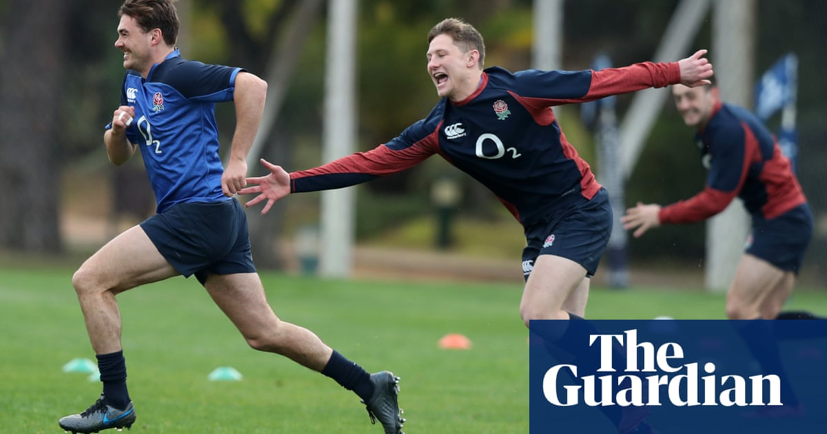 England spring surprise with Furbank at full-back for Six Nations opener