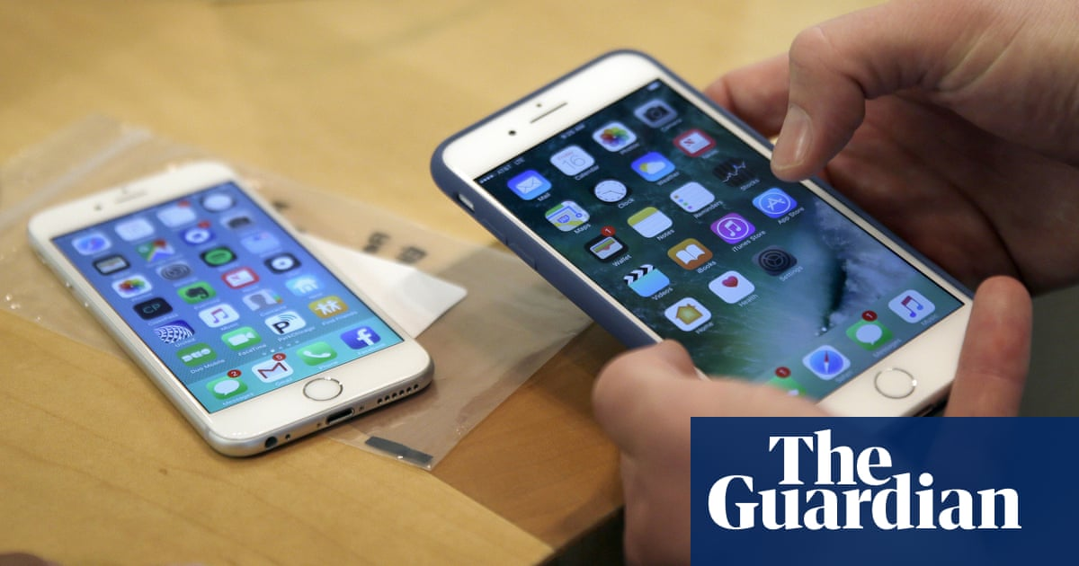 Apple paid woman millions after technicians used her iPhone to post explicit videos