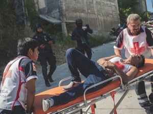 Mexico; Guerrero; Acapulco; 2020 Crime scene in the suburbs of Acapulco. A man was shot three times and rescued by paramedics.