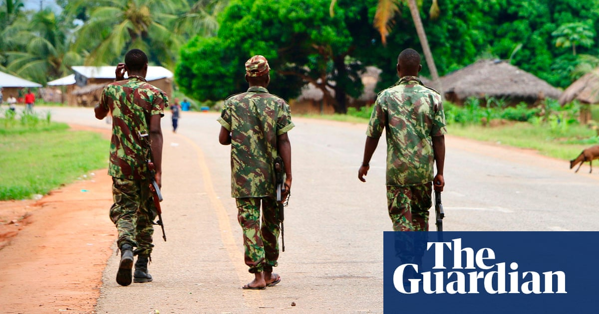 Mozambique: several dead as insurgents seize control of town