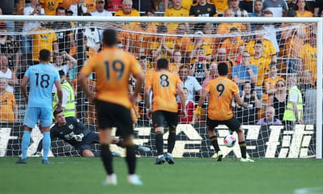 Raul Jiménez rescues Wolves with late penalty to deny impressive Burnley