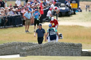 Eddie Pepperell walks up the 18th.