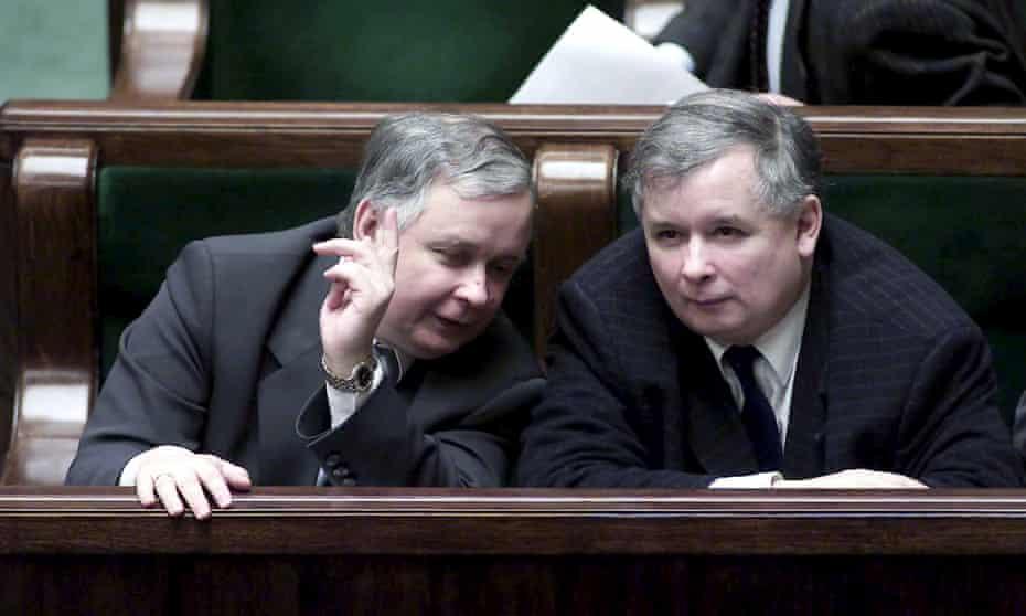 Lech and Jarosław Kaczyński, who founded Poland's Law and Justice party, as MPs in 2005.