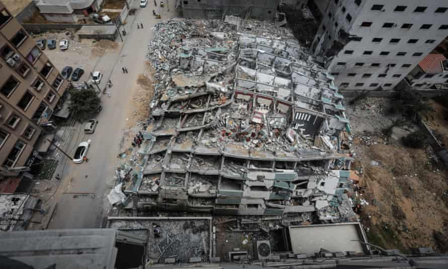 Al-Jalaa Tower in Gaza City which housed Al Jazeera and Associated Press was levelled by an Israeli missile.
