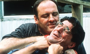 Tony Soprano (James Gandolfini) kills Febby Petrulio (Tony Ray Rossi) in 'College'.