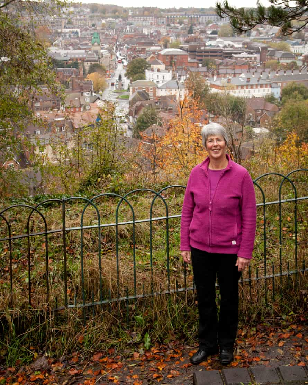 Simon Bray's mum in the same spot.