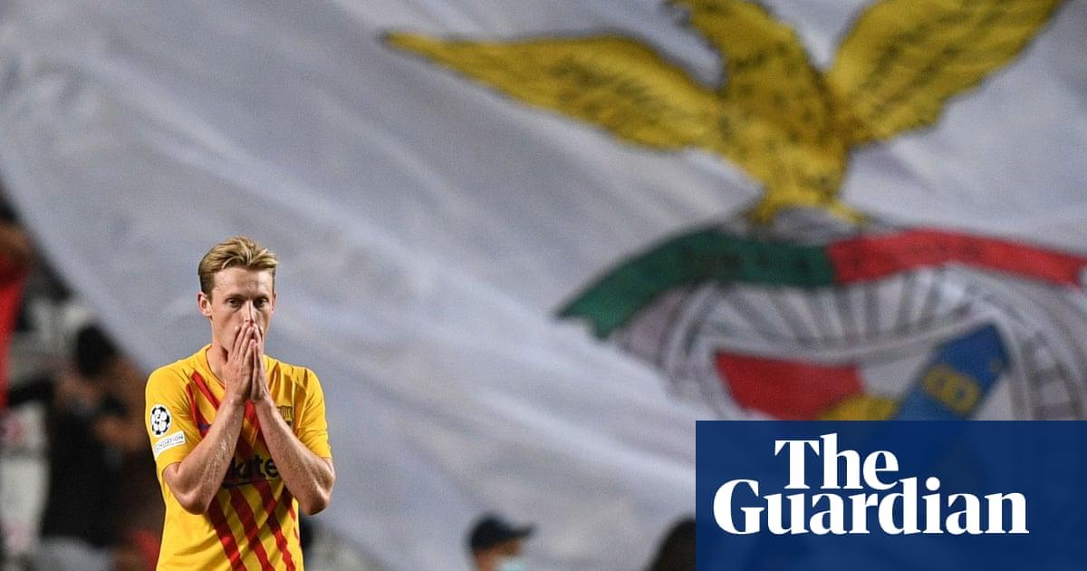 Sacking Koeman not the answer, insists De Jong after Barça crash at Benfica