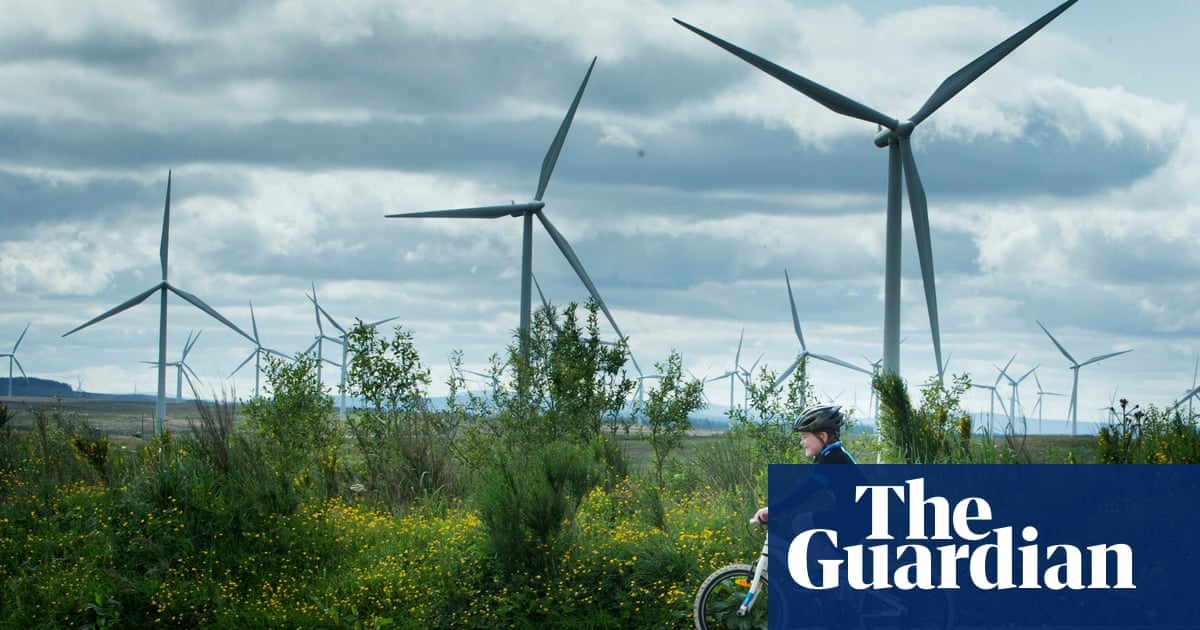 Scottish Power plans to build solar panels beside windfarms