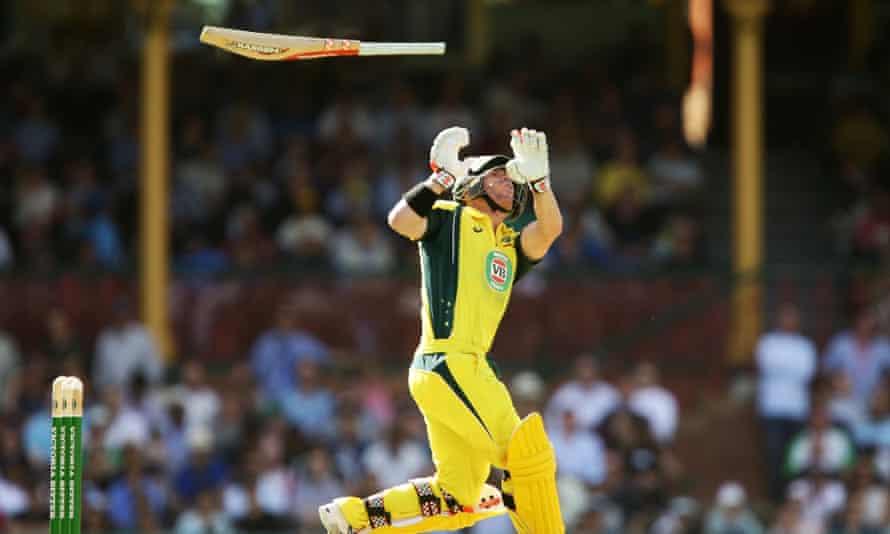 David Warner loses control of his bat