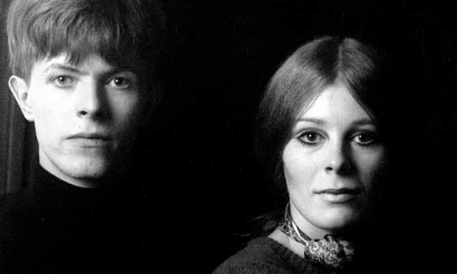 DAVID BOWIE AND FEATHERS, CLAREVILLE GROVE, LONDON, BRITAIN - 1969Mandatory Credit: Photo by Ray Stevenson/REX/Shutterstock (563061e) David Bowie, Hermione Farthingale and John Hutchinson DAVID BOWIE AND FEATHERS, CLAREVILLE GROVE, LONDON, BRITAIN - 1969