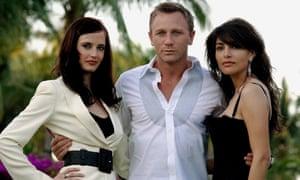 Eva Green, Craig and Caterina Murino on the set of Casino Royale (2006).