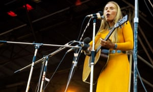 Joni Mitchell at the Isle of Wight festival in 1970.