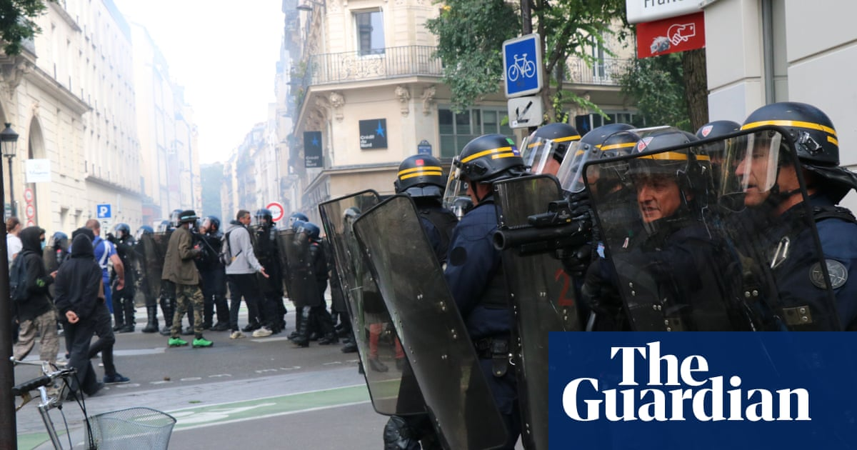 France protests: clashes with police on Bastille Day amid anger at tighter Covid rules