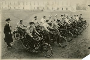 Cyclists' machine-gun unit (platoon) at the division of the armored vehicles of the people's guard. 1918-1921