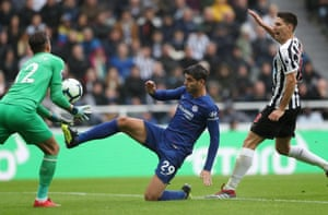 Morata spoils his chance.