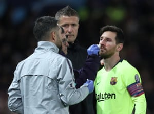 The Lionel Messi of Barcelona is treated medically after an injury.