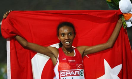 Turkey's Elvan Abeylegesse is under investigation after being revelead to be among 28 athletes whose blood samples from the 2005 and 2007 world championships registered abnormal values when retested by the IAAF