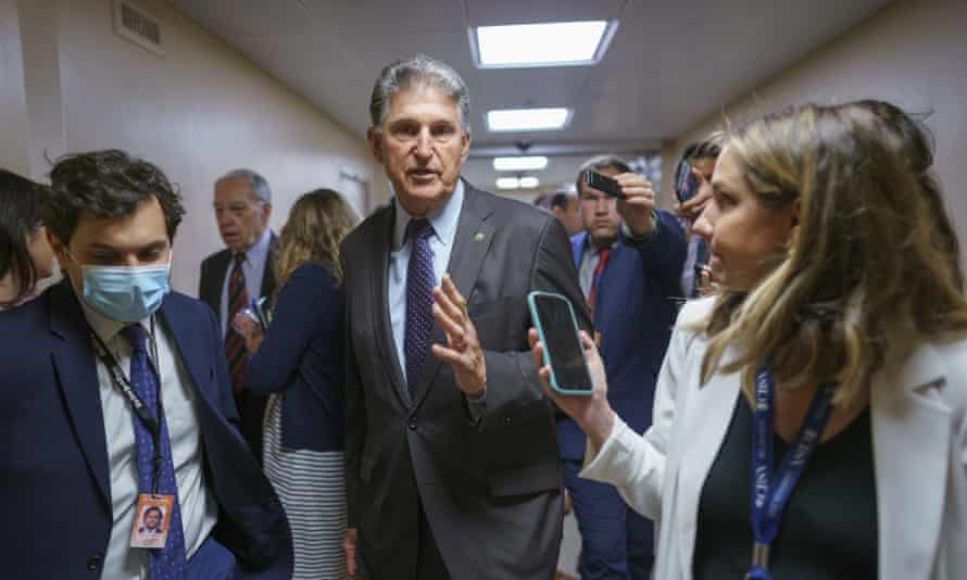 Manchin said he would not support HR1 because 'partisan voting legislation will destroy the already weakening binds of our democracy'.