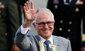Malcolm Turnbull waves as arrives in the Philippines at the weekend for the Asean summit