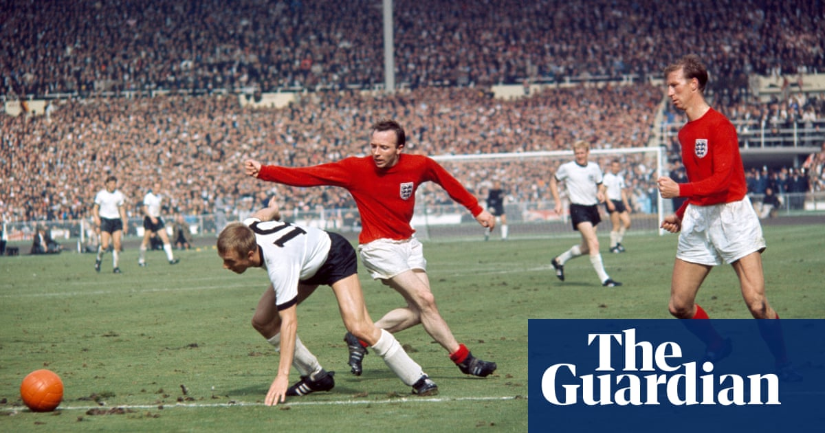 Families of Jack Charlton and Nobby Stiles back new concussion campaign