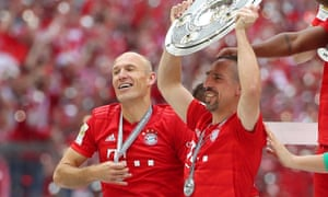 Bayern Munich's Arjen Robben (left) and Franck Ribéry, who are both leaving this summer, celebrate with the Bundesliga trophy after victory over Eintracht Frankfurt.