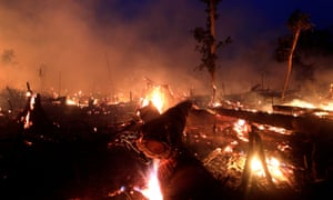 Fire burns a tract of Amazon jungle in Brazil