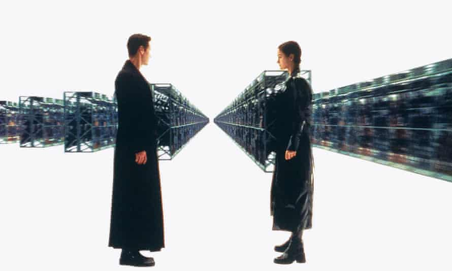 Keanu Reeves and Carrie-Ann Moss In The Matrix