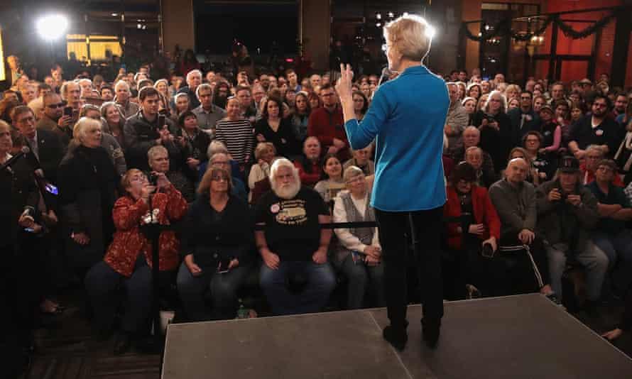 Warren speaks to potential voters.