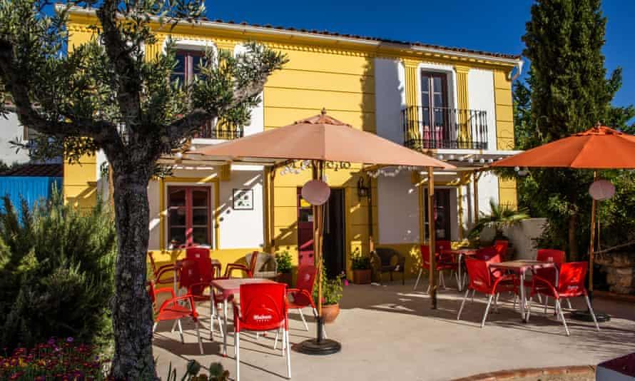 The cafe in the Salto de Caballo complex