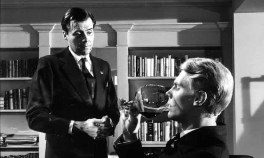 Dirk Bogarde and Edward Fox in The Servant