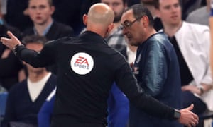 Maurizio Sarri is sent to the stands.