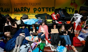 Fans queuing outside Waterstone's Piccadilly the day before Harry Potter and the Deathly Hallows went on sale in 2007.