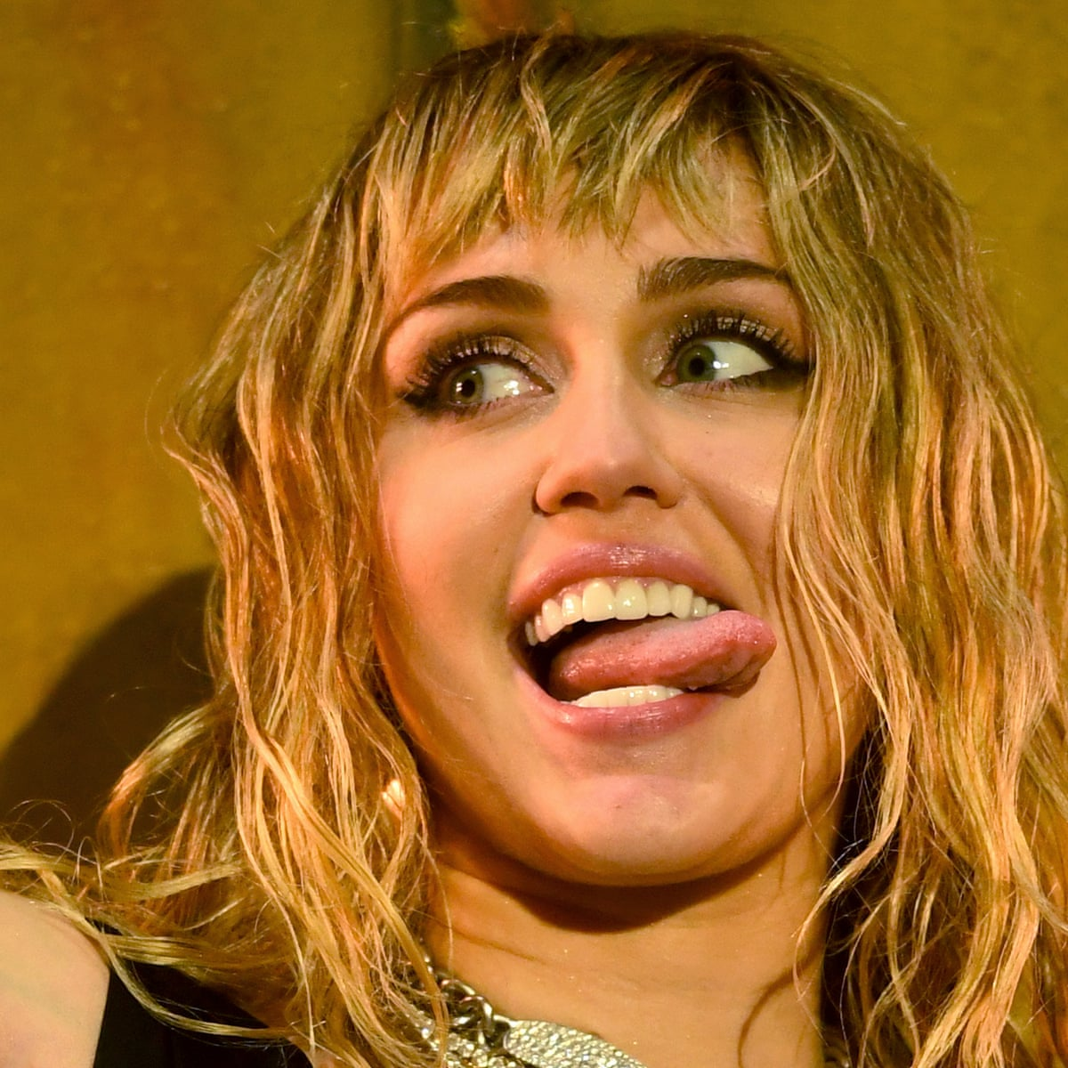 Miley Cyrus She Is Coming Review Pop Chameleon Finds Her True Colours Music The Guardian