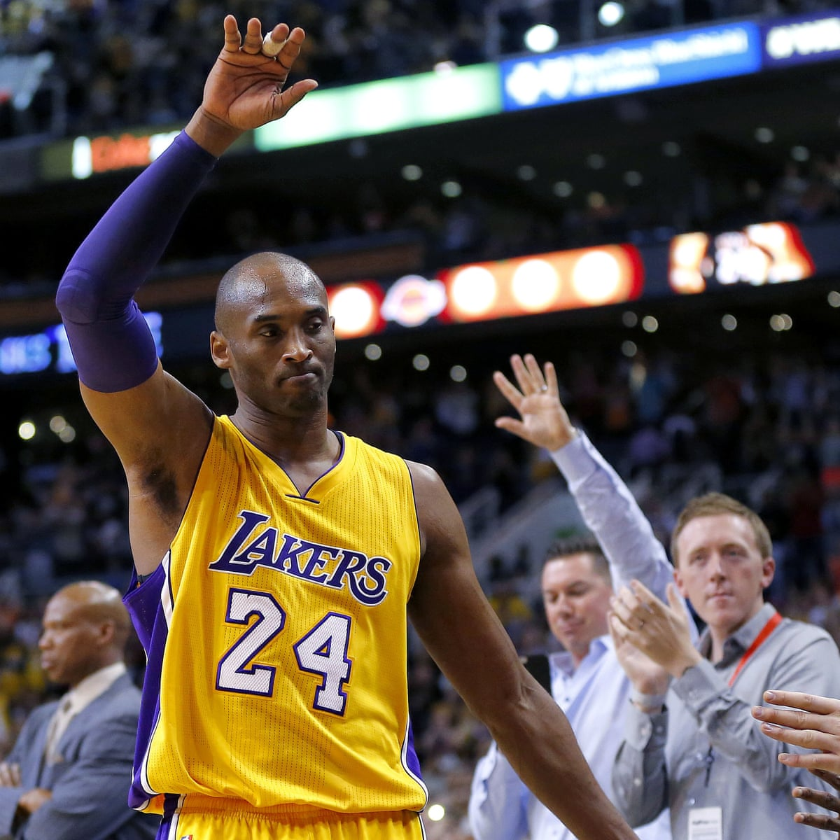 Kobe Bryant Turned Down Chance To Play Basketball For Barcelona Report Nba The Guardian