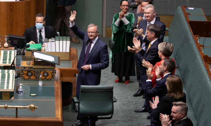 Labor leader Anthony Albanese delivers his budget reply speech