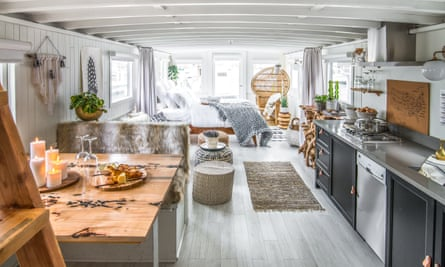 Luxury boat featured on Stay Here