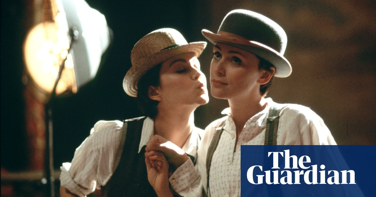 From Tales of the City to Tipping the Velvet: top 10 books
